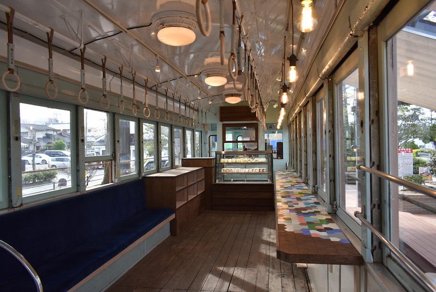 路面電車カフェ